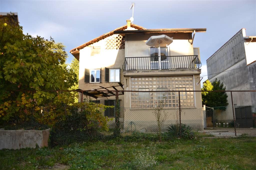 Casa semi indipendente, Semicentro, Biella, ristrutturato