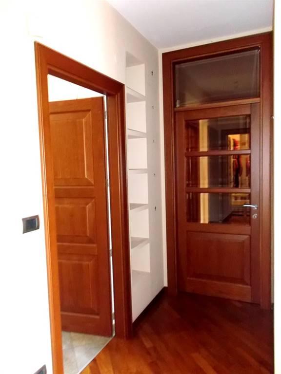 Appartamento in vendita a Mercogliano, 4 locali, zona Zona: Torrette, prezzo € 180.000 | CambioCasa.it