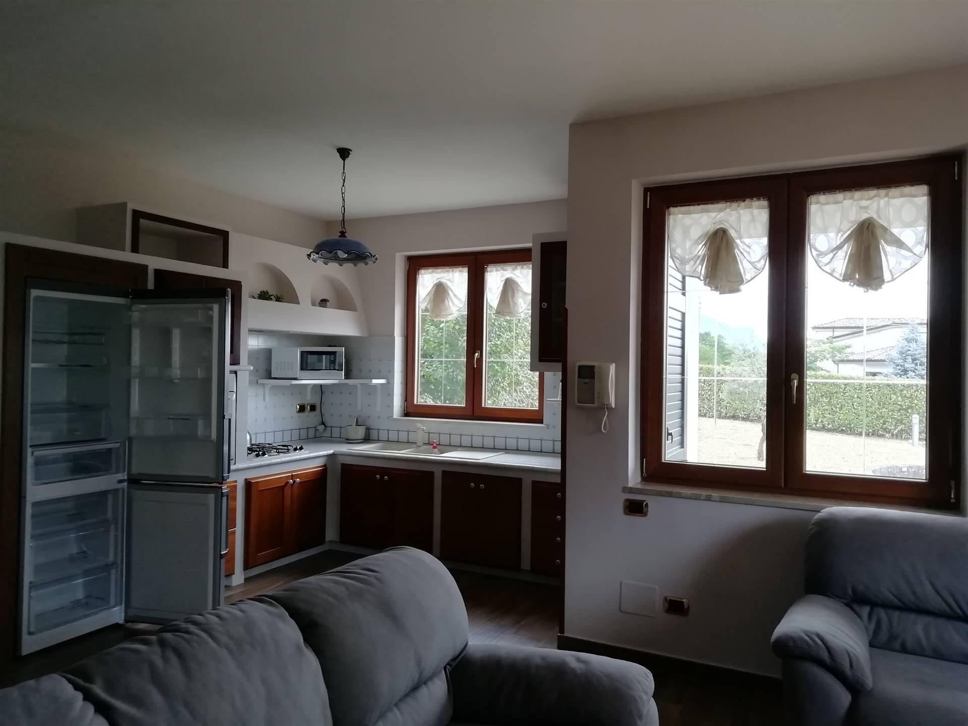 Villa in vendita a San Michele di Serino, 4 locali, zona Zona: Madonna delle Grazie, prezzo € 159.000 | CambioCasa.it
