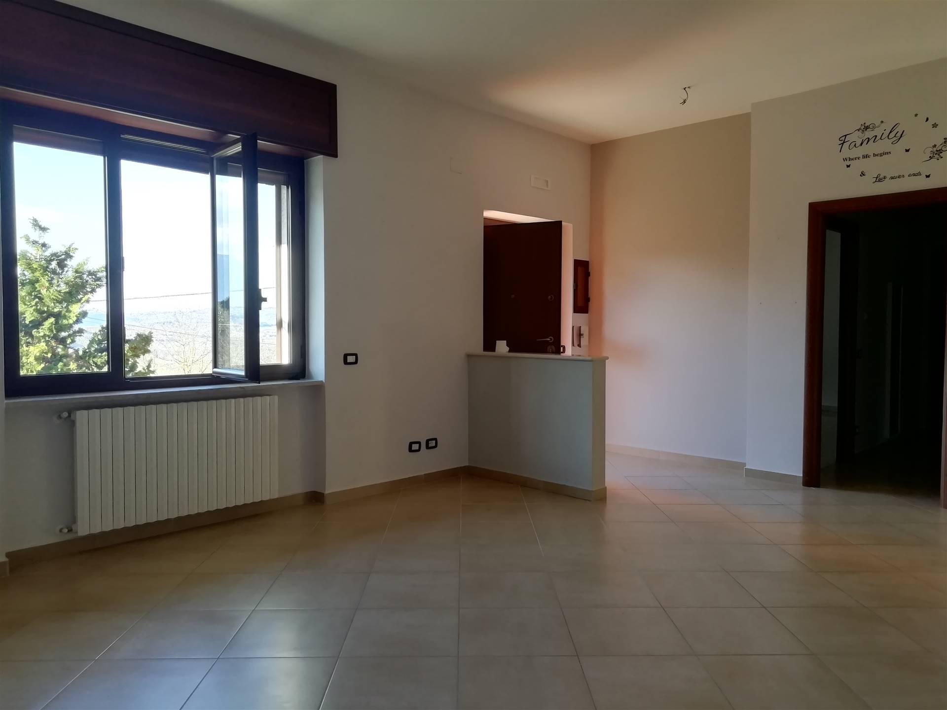 Soluzione Indipendente in affitto a Aiello del Sabato, 3 locali, prezzo € 470 | CambioCasa.it