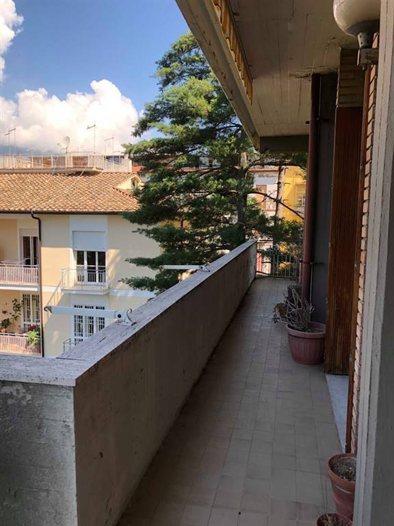 Appartamento in Via Pironti, Centro, Avellino