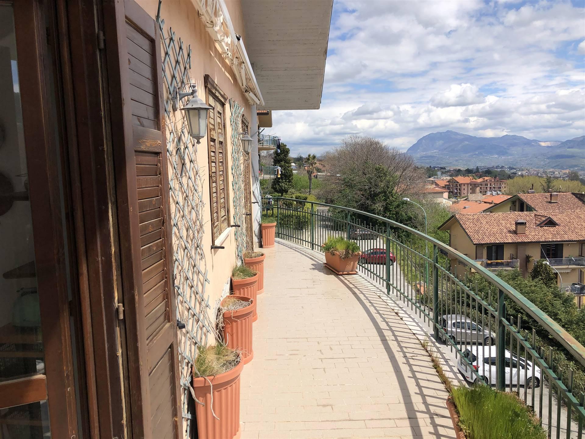 Appartamento in vendita a Mercogliano, 3 locali, prezzo € 100.000 | CambioCasa.it