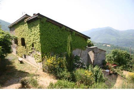 Rustico casale, Varese Ligure