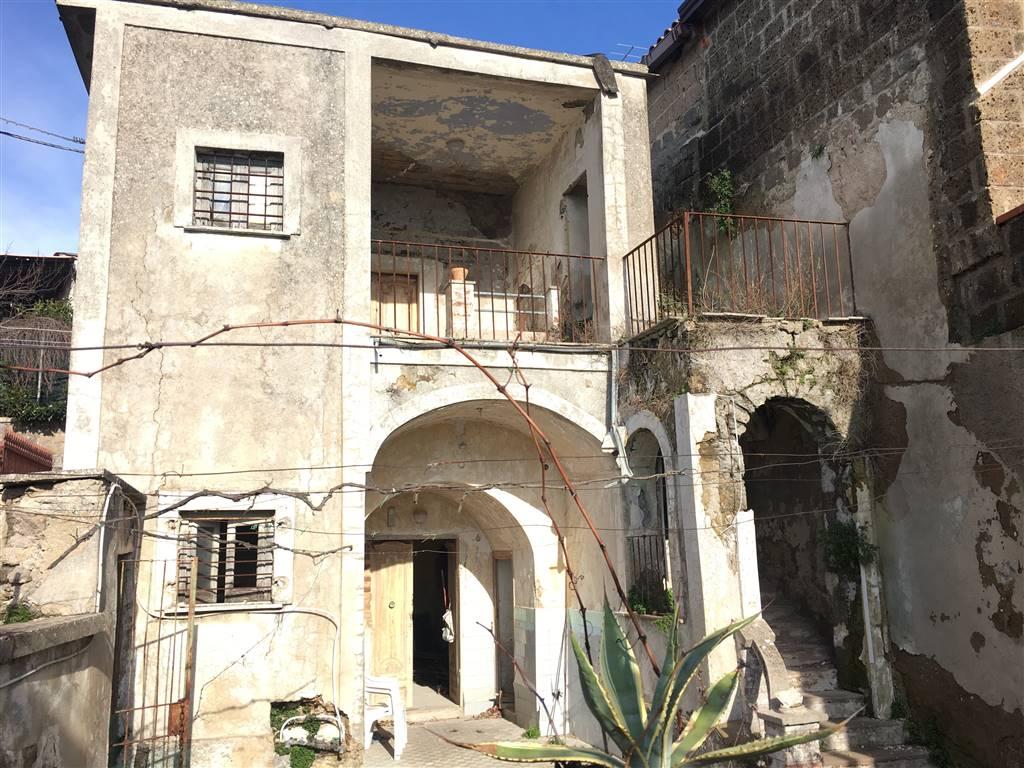Rustico casale in Via Cefarelli 1, Casertavecchia, Caserta