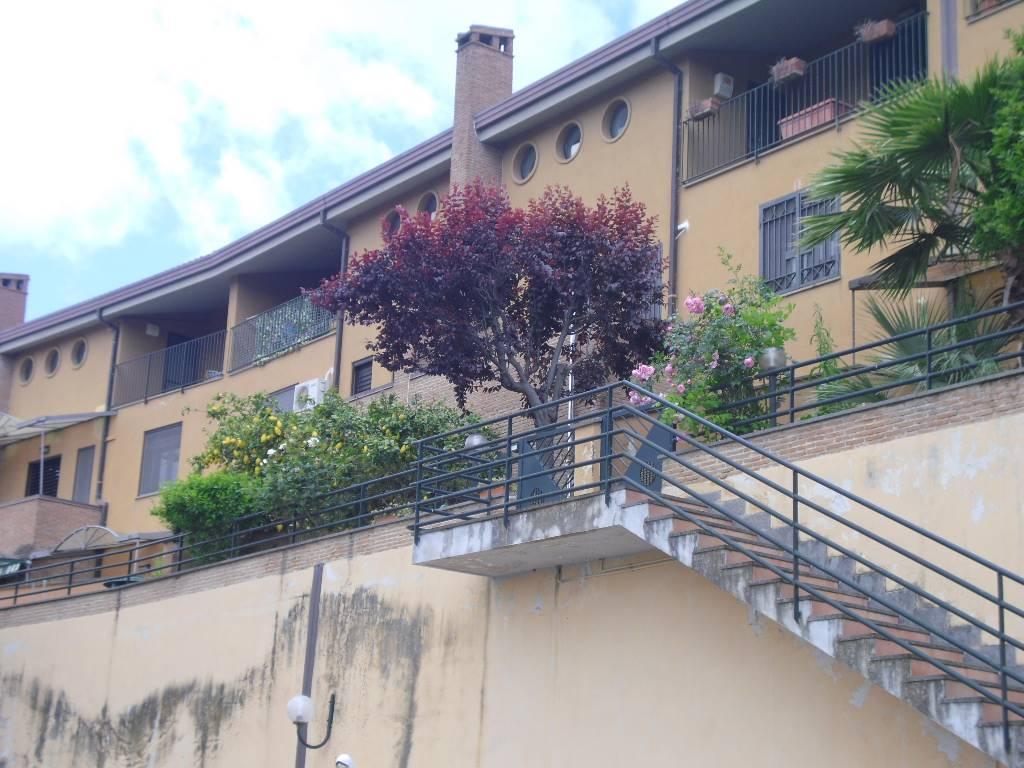 Villa a schiera in Via Vitagliano Rossetti, Mezzano, Caserta