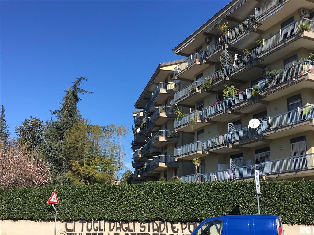 Quadrilocale in Via E. Ruggiero 39, Centro, Caserta