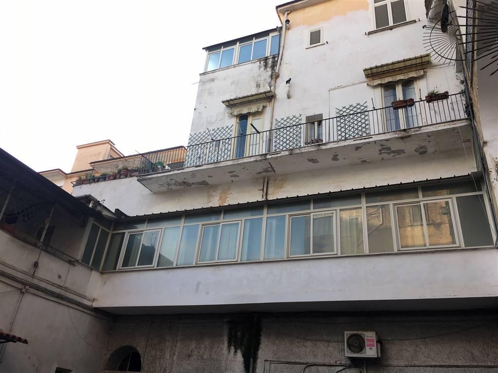 Appartamento in Via Fulvio Renella 70, Centro, Caserta