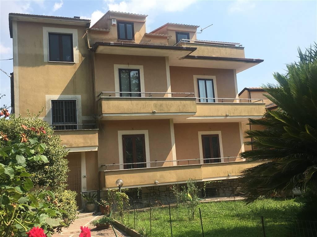 Appartamento in Via Monsignor Vitaliano Rossetti, Casertavecchia, Caserta