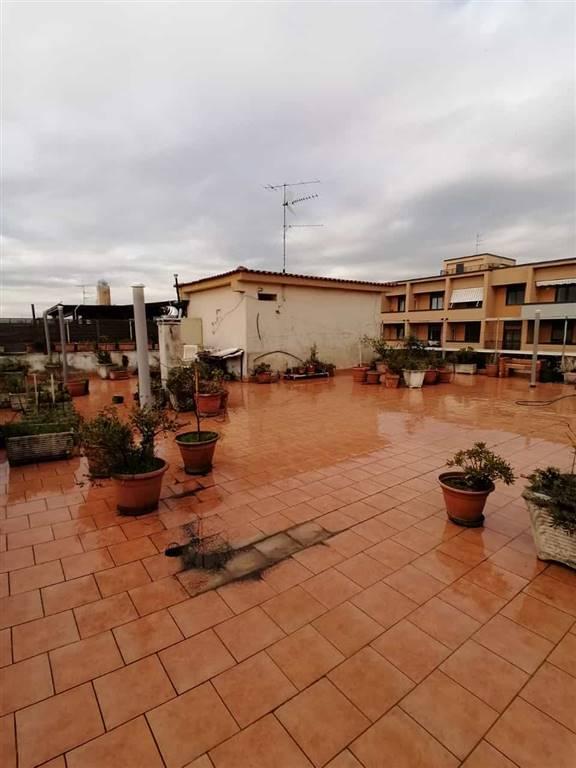 Quadrilocale in Via Laviano 48, Centro, Caserta