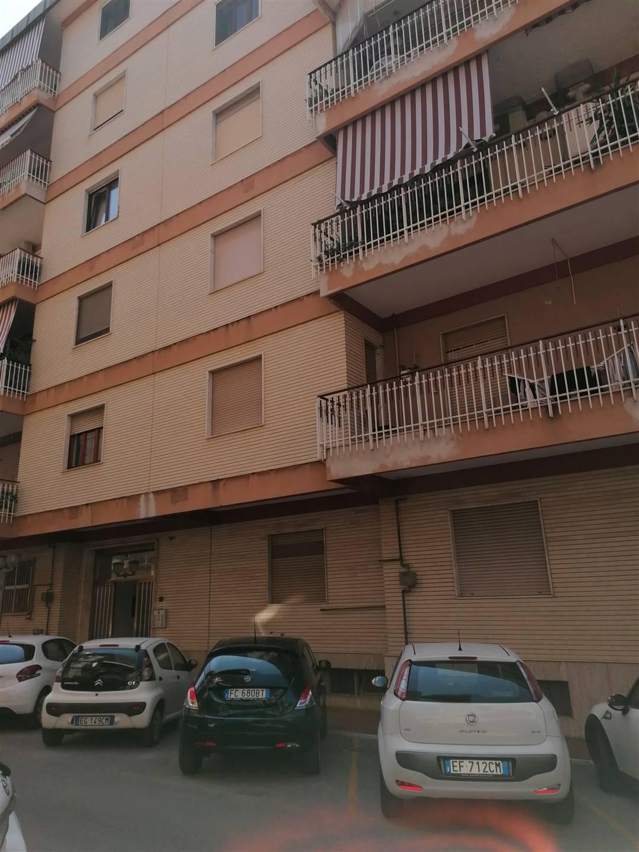 Appartamento in vendita a Caserta, 2 locali, zona Zona: Centro, prezzo € 85.000 | CambioCasa.it