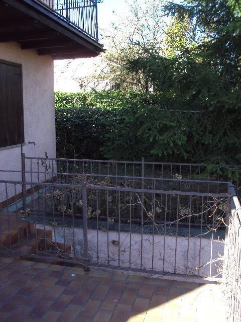 Villa a schieraaSERRAMAZZONI