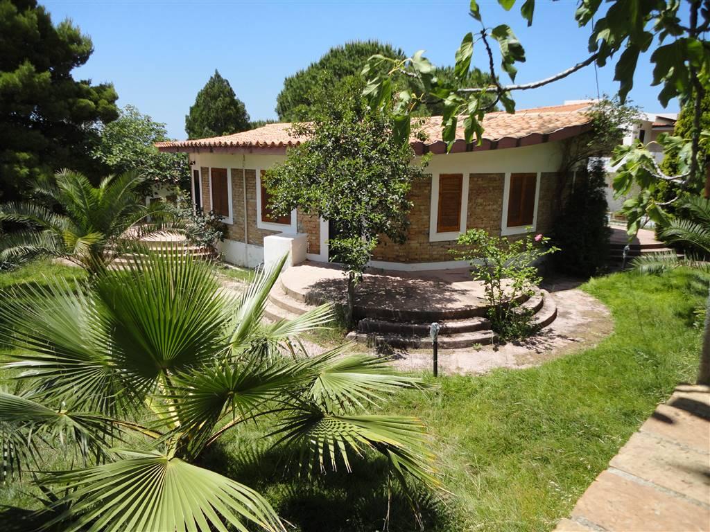 Villa, Ricadi