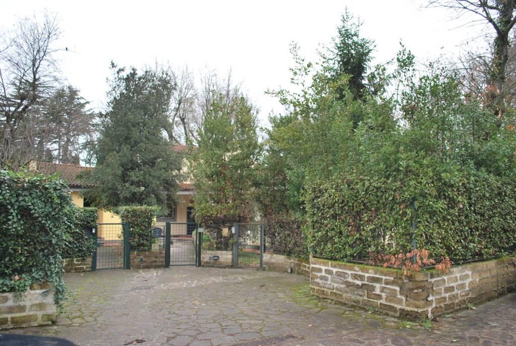 Villa in Largo Dell'olgiata, Cassia, Tomba Di Nerone, Olgiata, Roma