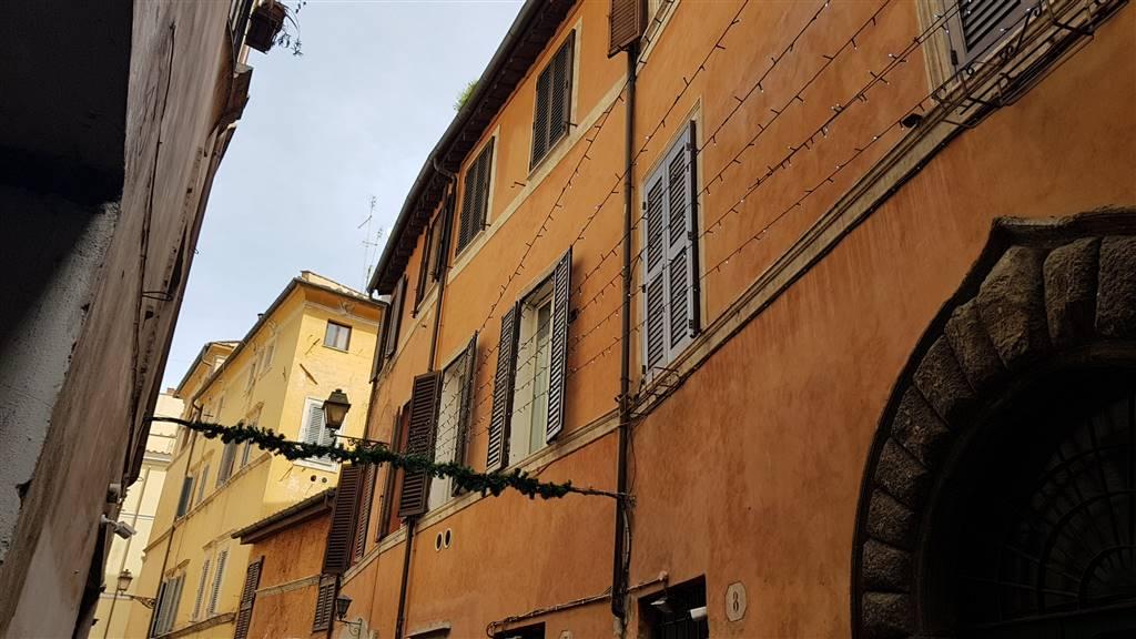 Bilocale, Centro Storico, Roma, in ottime condizioni