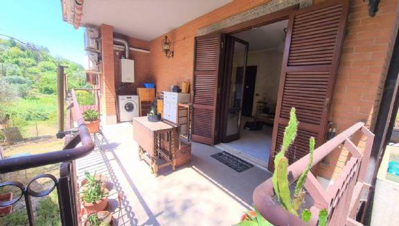 Appartamento in vendita a Monterotondo, 2 locali, prezzo € 105.000   CambioCasa.it