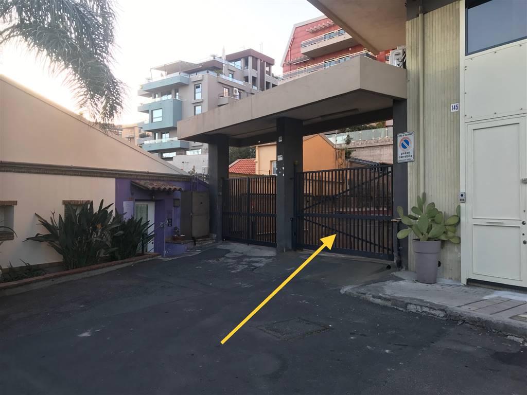 Garage / Posto auto in Viale Alcide De Gasperi 143, Catania