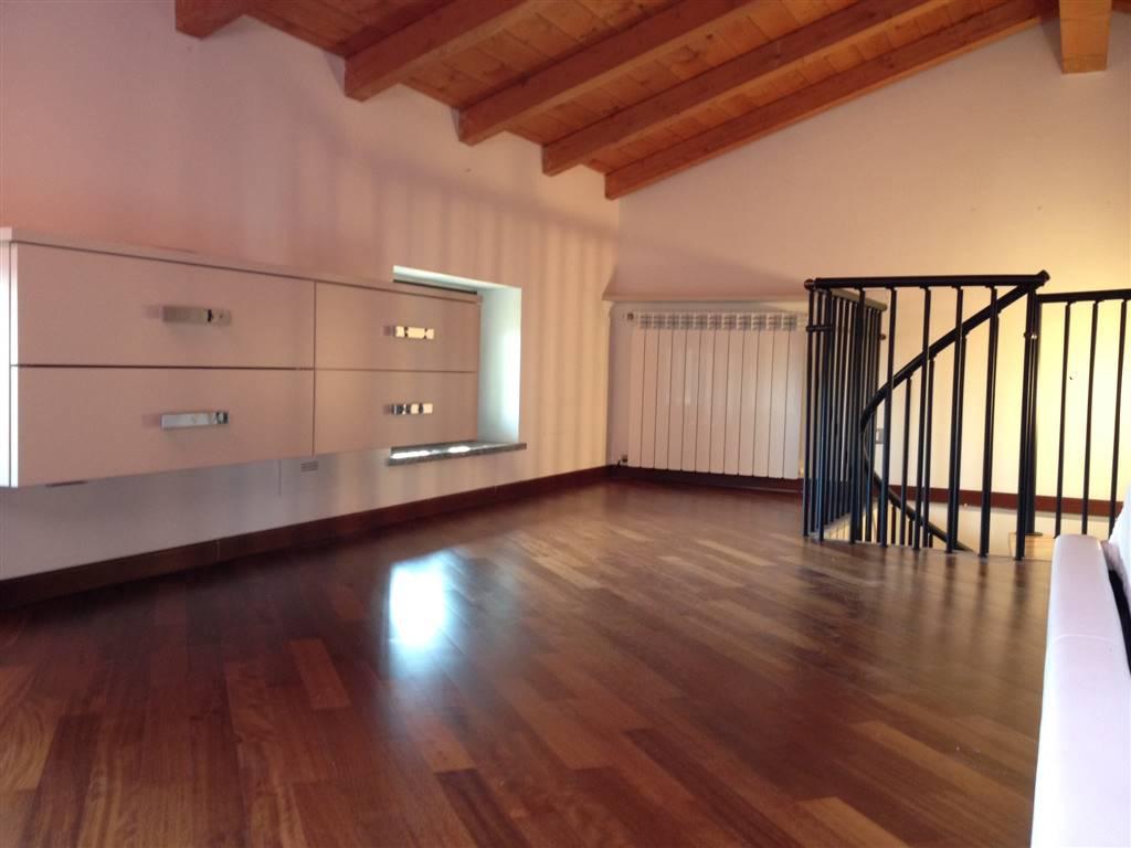 Appartamento posto al secondo ed ultimo piano, senza spese condominiali, bilocale nuovo e finemente rifinito ed arredato, riscaldamento autonomo,