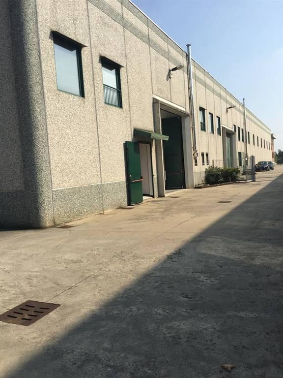 Laboratorio in vendita a Urgnano, 6 locali, prezzo € 365.000   CambioCasa.it