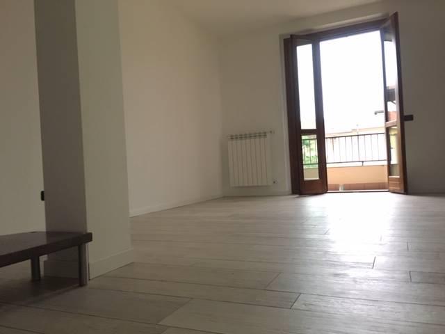 Appartamento in vendita a Cologno al Serio, 3 locali, prezzo € 189.000 | CambioCasa.it