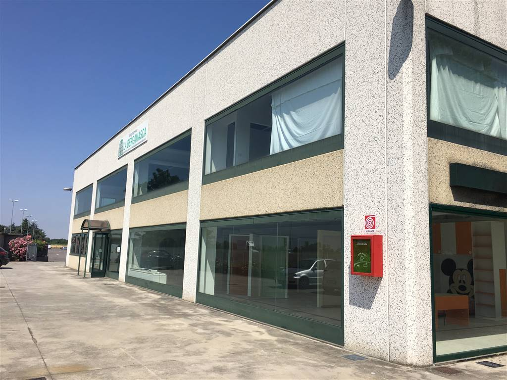 SPIRANO, Commercialproperty for sale of 380 Sq. mt., Excellent Condition, Heating Individual heating system, Energetic class: D, Epi: 333,27 kwh/m3