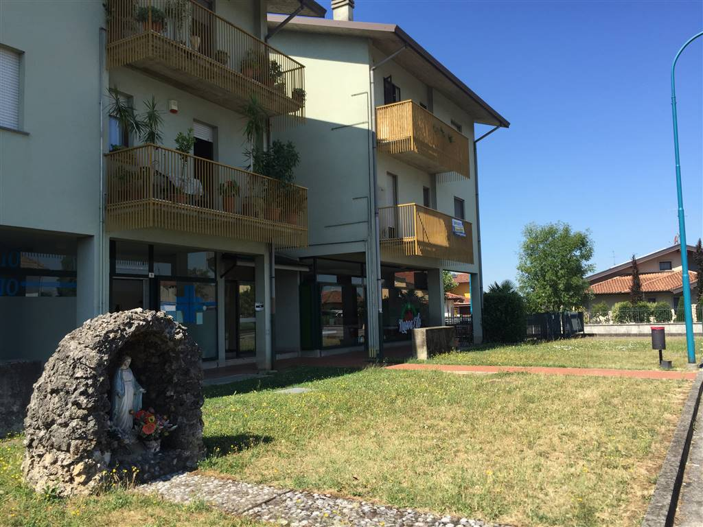 COLOGNO AL SERIO, Apartment for sale of 74 Sq. mt., Good condition, Heating Individual heating system, Energetic class: F, Epi: 155,17 kwh/m2 year,