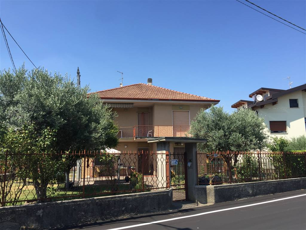 URGNANO, Independent Apartment for sale of 140 Sq. mt., Habitable, Heating Individual heating system, Energetic class: G, Epi: 112,1 kwh/m2 year,