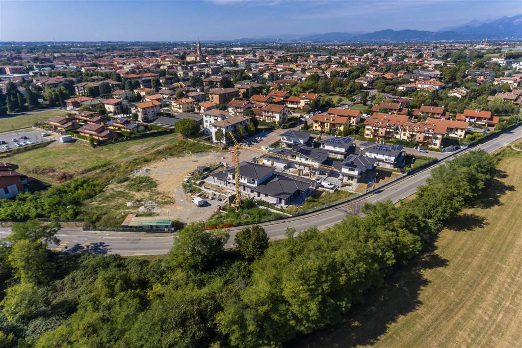 OSIO SOTTO, Villa for sale of 125 Sq. mt., New construction, Heating Individual heating system, Energetic class: A3, placed at Ground, composed by: 4