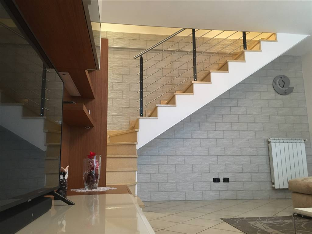 SPIRANO, Independent Apartment for sale of 90 Sq. mt., Almost new, Heating Individual heating system, Energetic class: C, Epi: 51,6 kwh/m2 year,