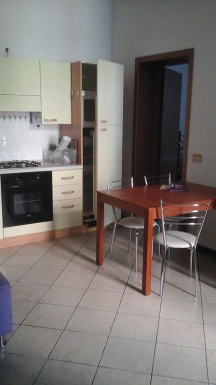 Appartamento indipendente, P.zza Duomo, Piacenza, ristrutturato