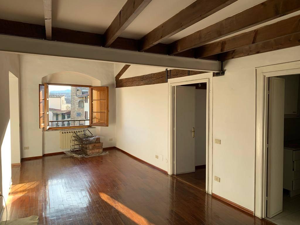 Appartamento in Via Dell'oriuolo 5, Firenze