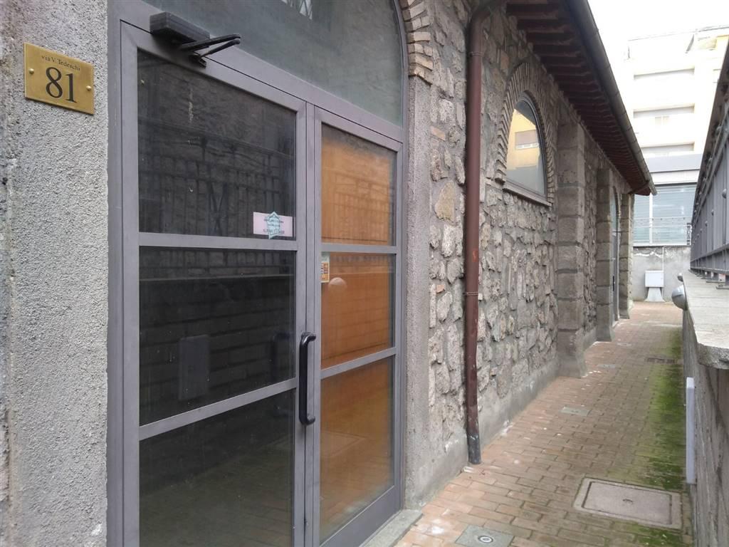 Negozio / Locale in vendita a Viterbo, 1 locali, zona Zona: Centro, prezzo € 89.000   CambioCasa.it
