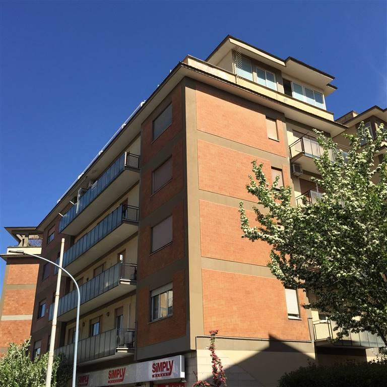 Appartamento in vendita a Viterbo, 8 locali, zona Località: CAPPUCCINI, prezzo € 149.000   CambioCasa.it