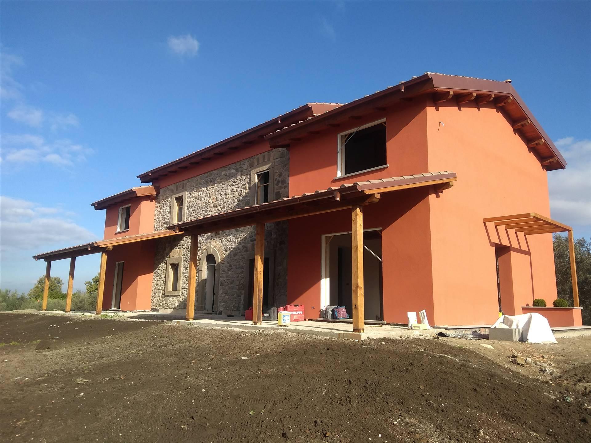 Villa Bifamiliare in vendita a Viterbo, 5 locali, zona Località: CASSIA SUD, prezzo € 290.000 | CambioCasa.it