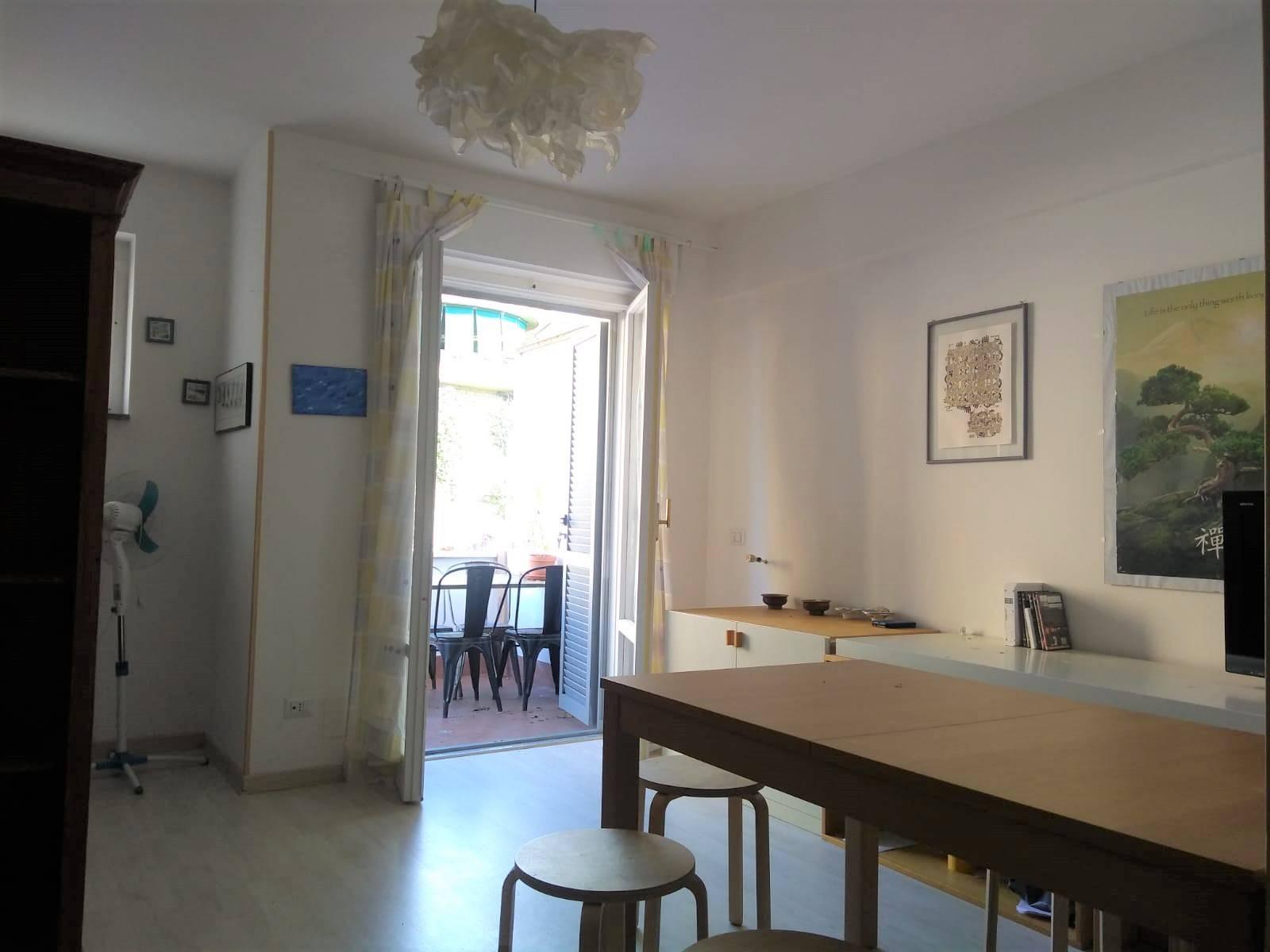 Appartamento in vendita a Montalto di Castro, 4 locali, prezzo € 70.000 | CambioCasa.it