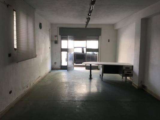OLTREPONTE, LICATA, Warehouse for rent of 50 Sq. mt., Habitable, Energetic class: G, placed at Ground, composed by: 1 Room, 1 Bathroom, Price: € 3,300