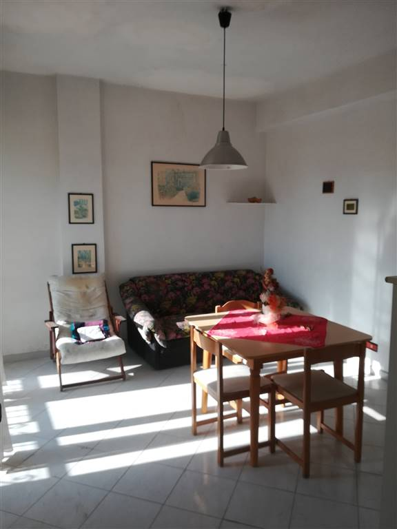 CENTRO, LICATA, Apartment for sale of 115 Sq. mt., Habitable, Energetic class: G, placed at 8°, composed by: 5 Rooms, Separate kitchen, , 3 Bedrooms,