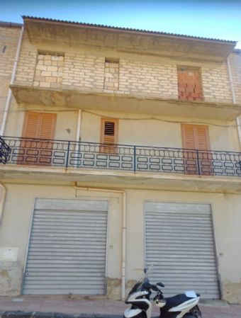 VILL.AGRICOLO, LICATA, Palace for sale of 135 Sq. mt., Habitable, Energetic class: G, composed by: 3 Rooms, Separate kitchen, 1 Bathroom, Price: €