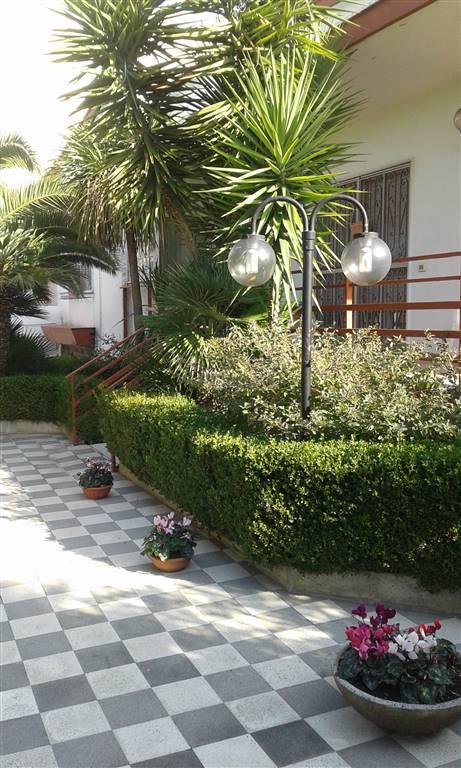 Villa, Triggiano, in ottime condizioni
