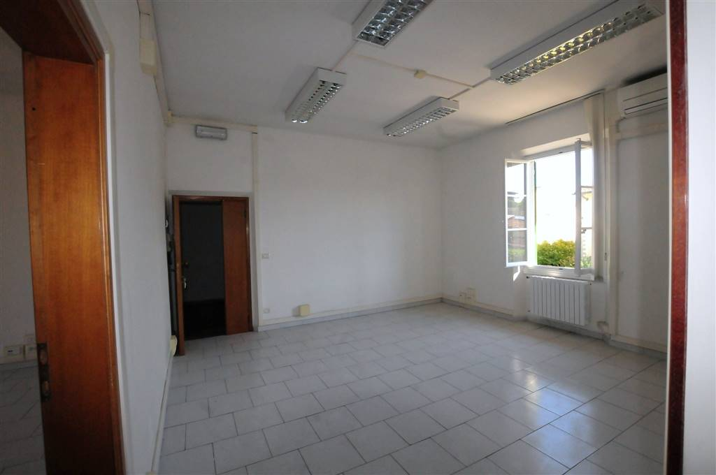 Stanza Ufficio Firenze : Affitto ufficio firenze uffici firenze in affitto