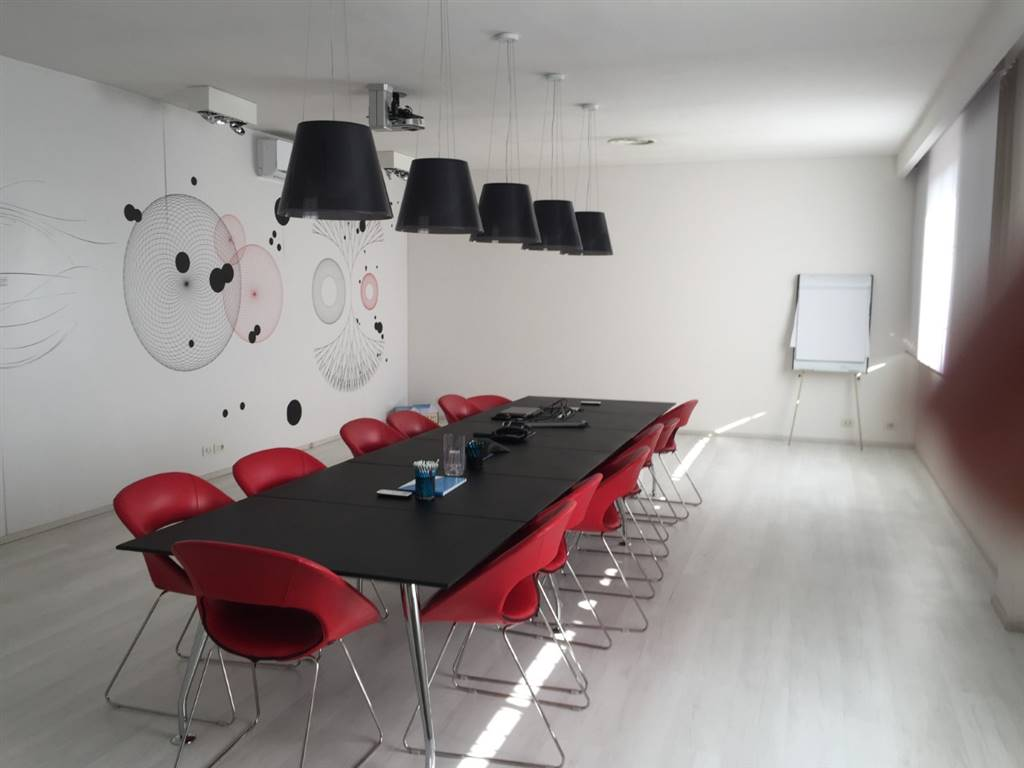 PESCAIOLA, AREZZO, Office for rent of 1290 Sq. mt., Excellent Condition, Heating Individual heating system, Energetic class: G, placed at 2° on 2,