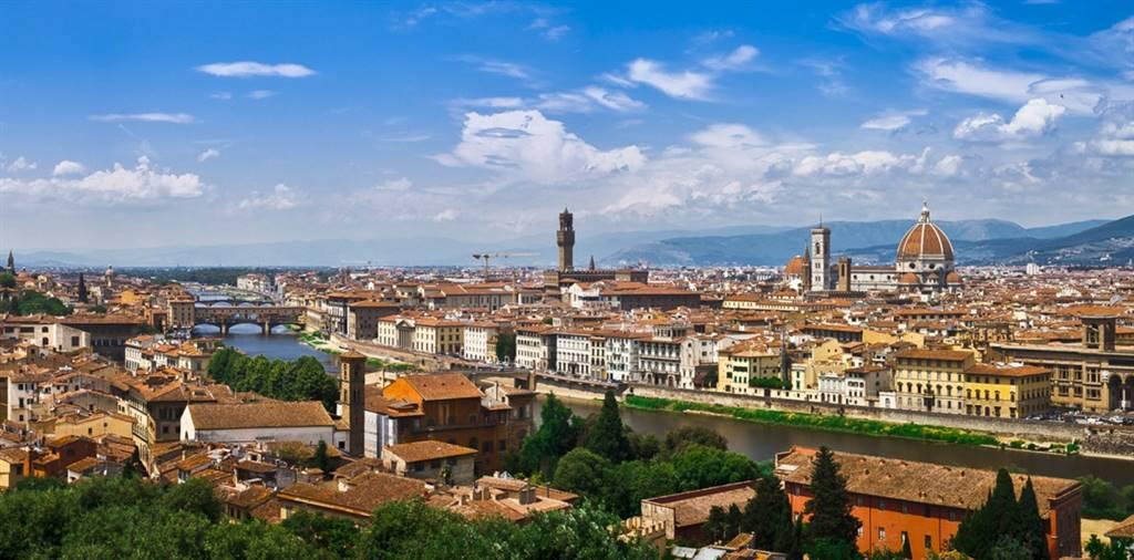 Negozio / Locale in affitto a Firenze, 4 locali, zona Località: BORGO OGNISSANTI, prezzo € 3.500   CambioCasa.it