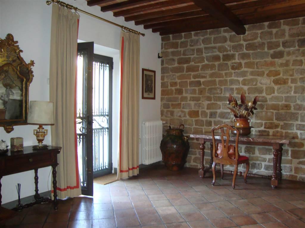 Soluzione Indipendente in affitto a Firenze, 7 locali, zona Località: PIAN DEI GIULLARI, prezzo € 3.500 | CambioCasa.it