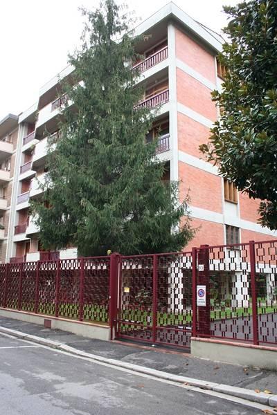 EUROPA, FIRENZE, Appartement des location de 105 Mq, Bon , Chauffage Centralisé, Classe Énergétique: E, par terre 3° sur 5, composé par: 4 Locals,