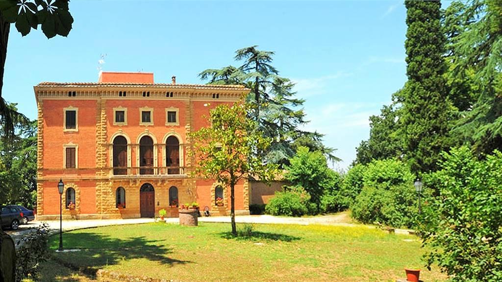 Vendita Villa Acquaviva MONTEPULCIANO (SI)