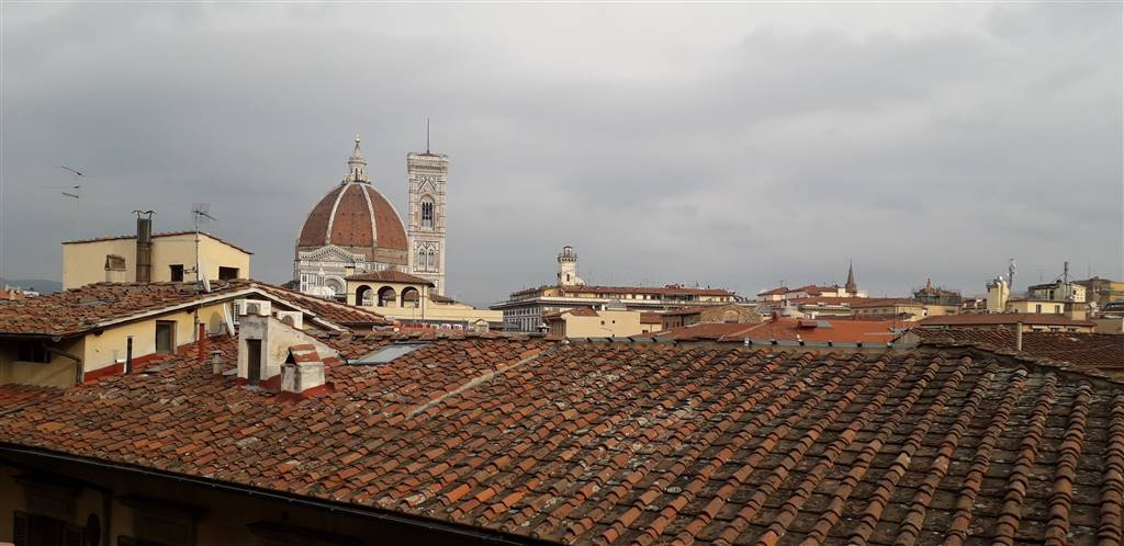 CENTRO STORICO, FIRENZE, Apartment for sale of 220 Sq. mt., Restored, Heating Individual heating system, Energetic class: G, placed at 4°, composed