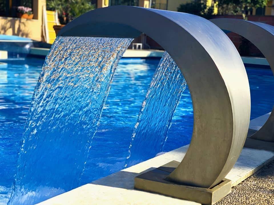CENTRO STORICO, PADOVA, Hotel in vendita di 1500 Mq, Ottime condizioni, Riscaldamento Centralizzato, composto da: 100 Vani, 100 Bagni, Ascensore,