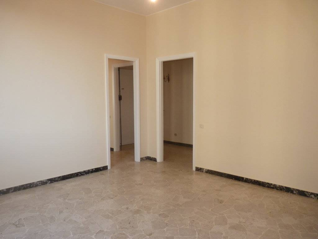 SAVONAROLA, FIRENZE, Apartment for rent of 65 Sq. mt., Excellent Condition, Heating Centralized, Energetic class: G, Epi: 148,2 kwh/m2 year, placed