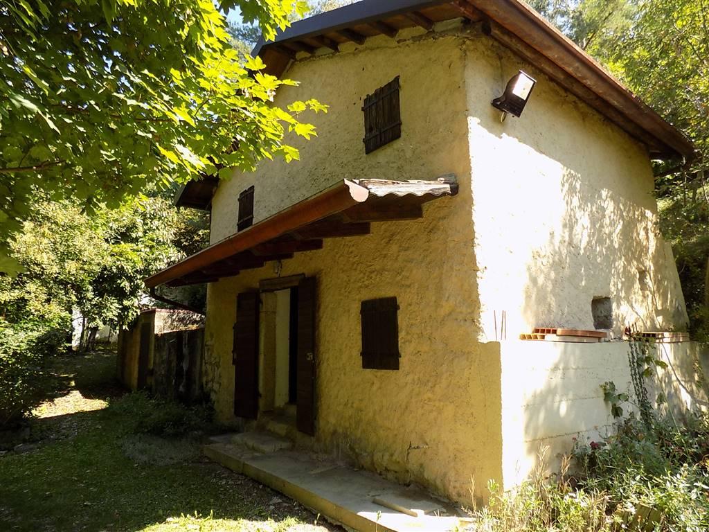 Vendita casa cordignano trova case cordignano in vendita for Case gotiche vittoriane in vendita