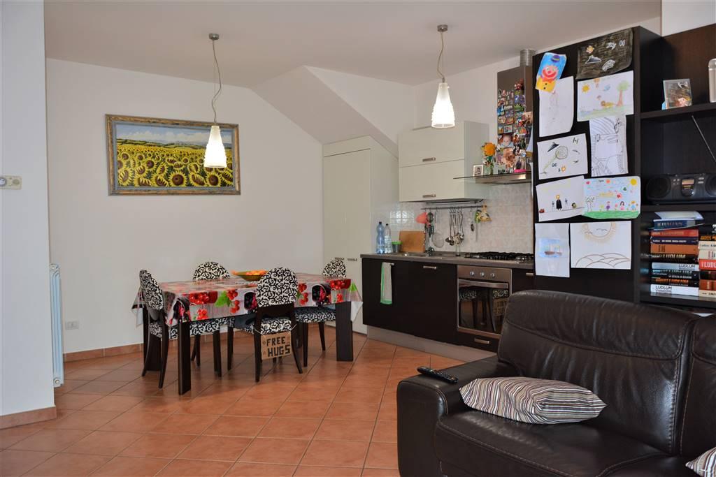 Appartamento in vendita a Agliana, 3 locali, zona elletto, prezzo € 170.000 | PortaleAgenzieImmobiliari.it