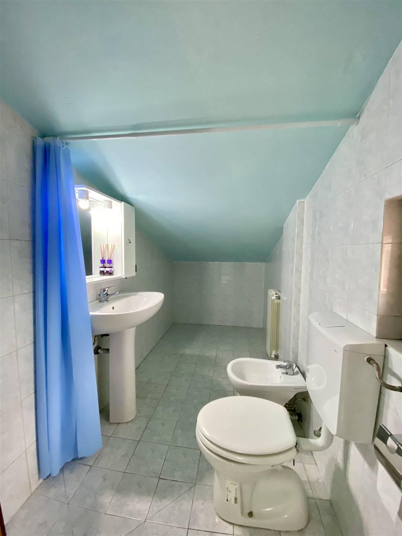 uso bagno in mansarda